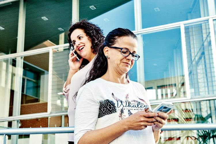 La ciudad vibra en las redes sociales for Oficina de correos rivas vaciamadrid