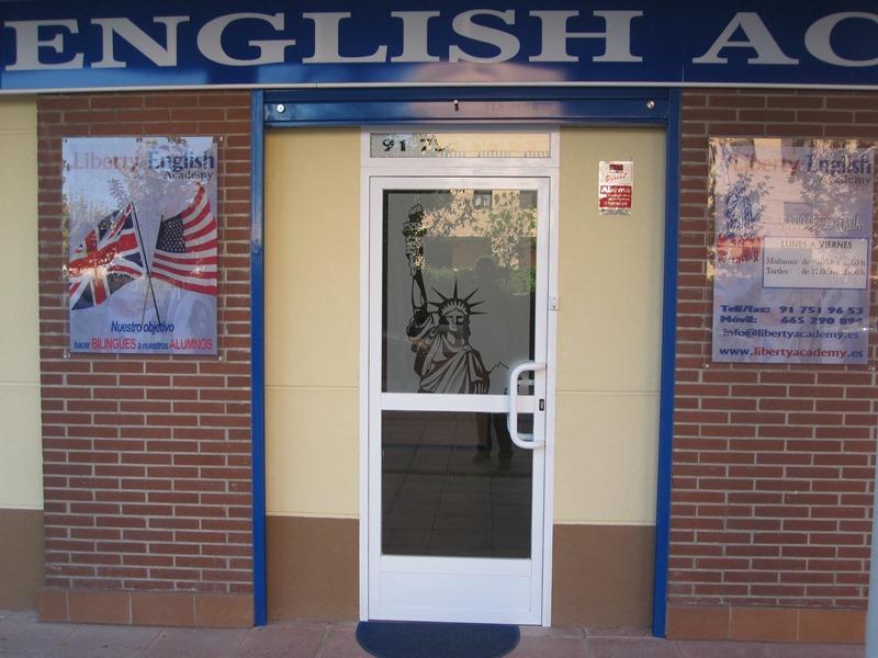 Imagenes LIBERTY ENGLISH ACADEMY
